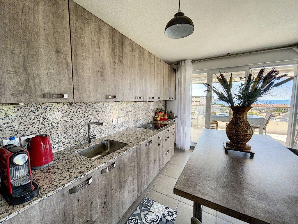 Appartement à vendre 3 63.27m2 à Antibes vignette-5