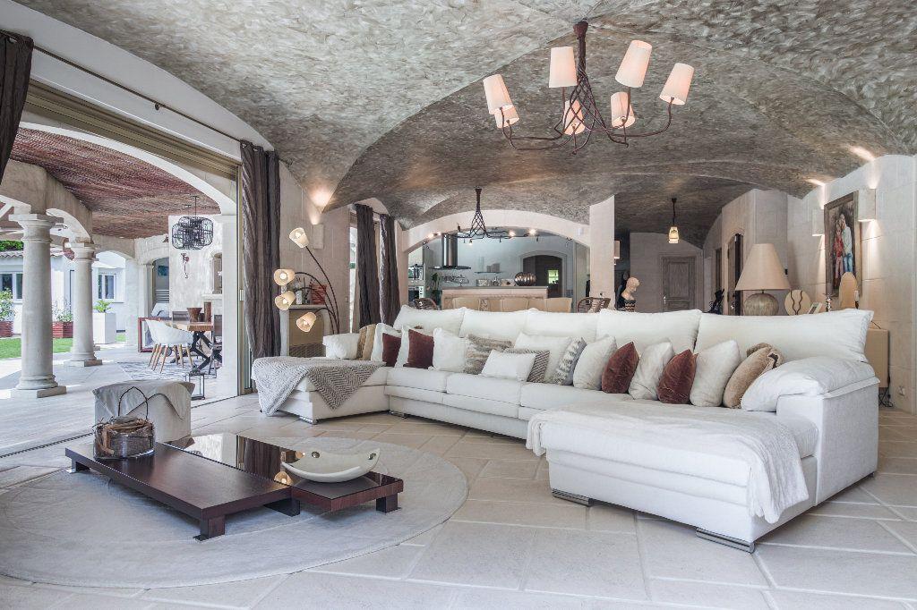 Maison à vendre 6 313m2 à Valbonne vignette-3