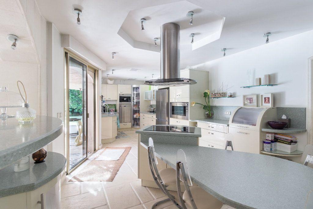 Maison à vendre 6 313m2 à Valbonne vignette-4
