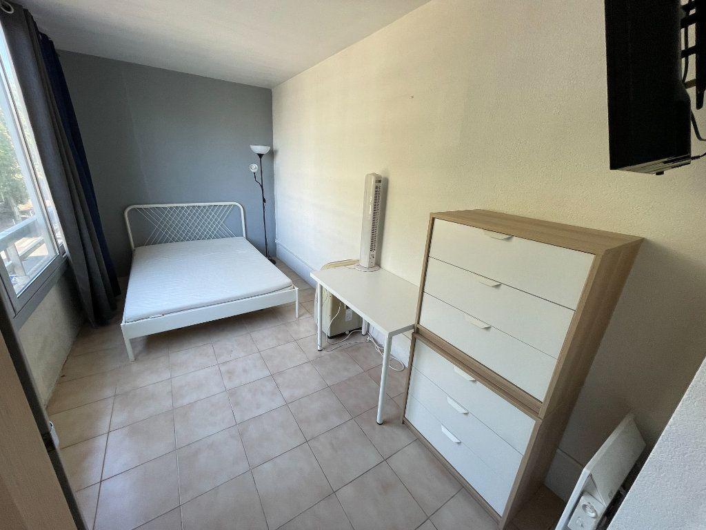 Appartement à louer 1 34.32m2 à Juan-les-Pins - Antibes vignette-4