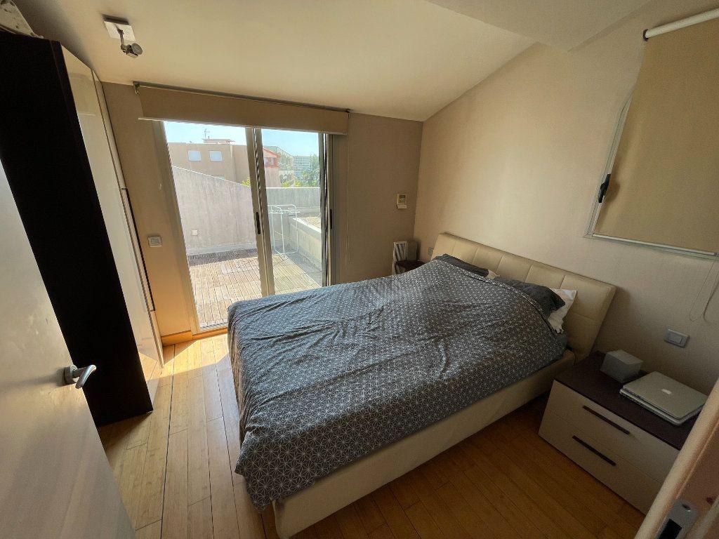 Appartement à louer 2 36m2 à Antibes vignette-3