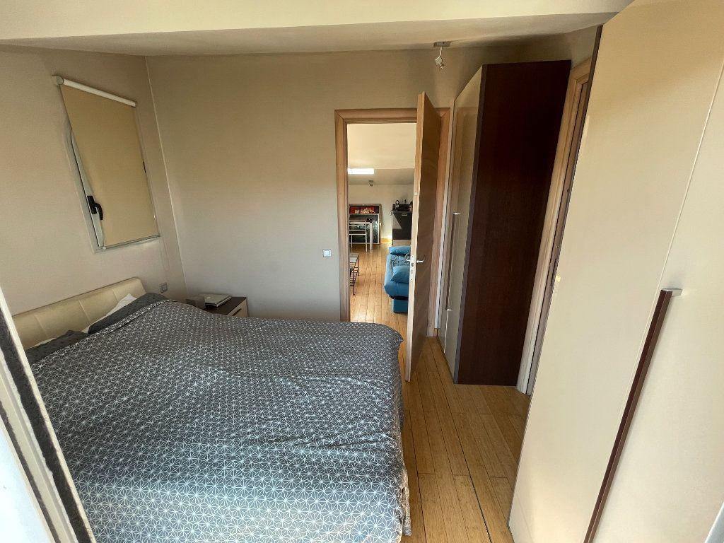 Appartement à louer 2 36m2 à Antibes vignette-6