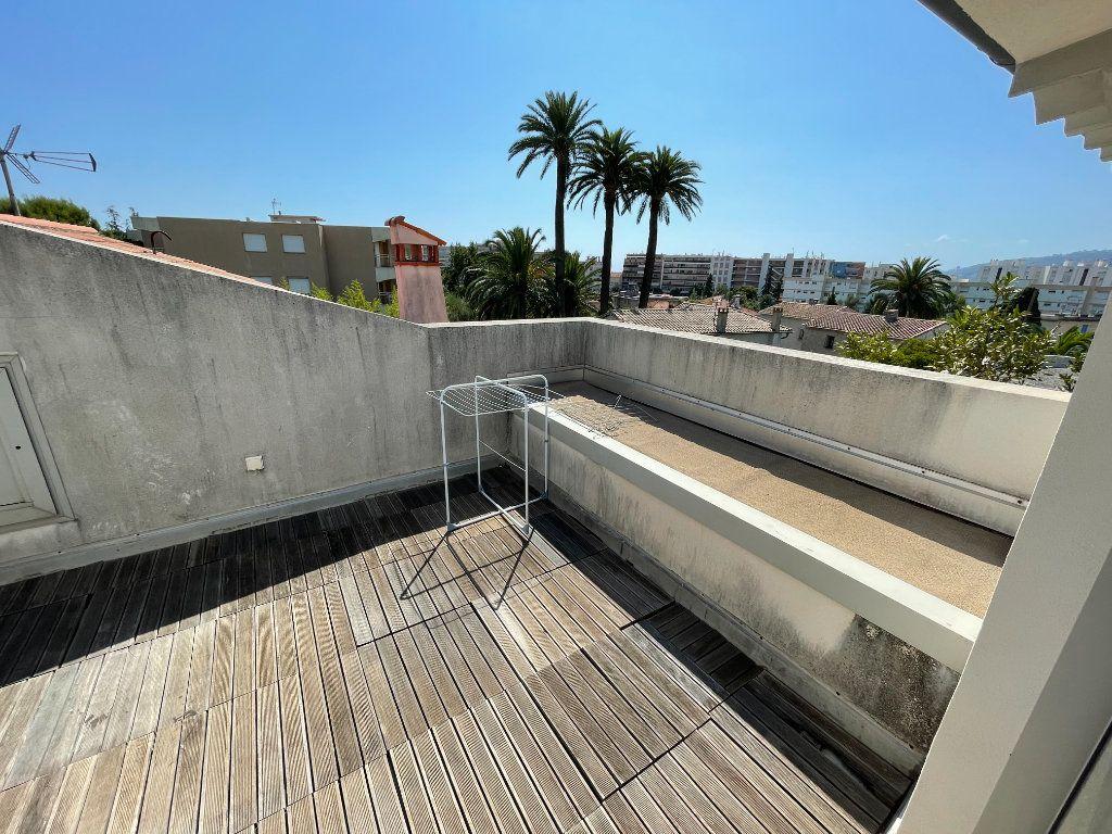 Appartement à louer 2 36m2 à Antibes vignette-7