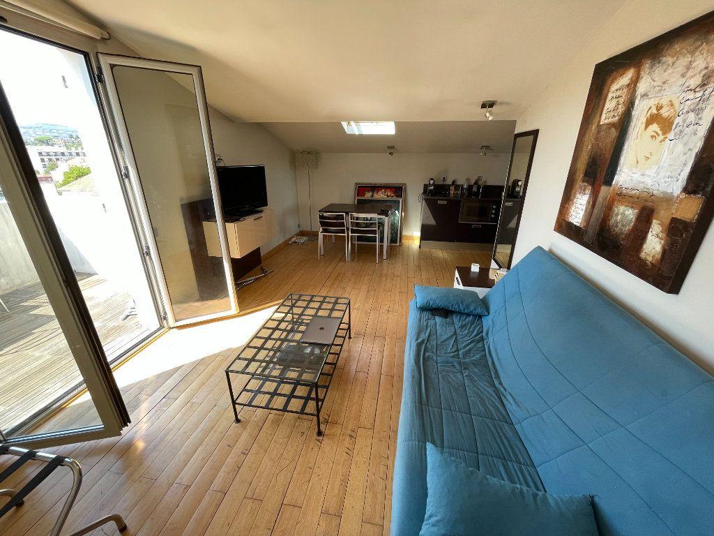 Appartement à louer 2 36m2 à Antibes vignette-8