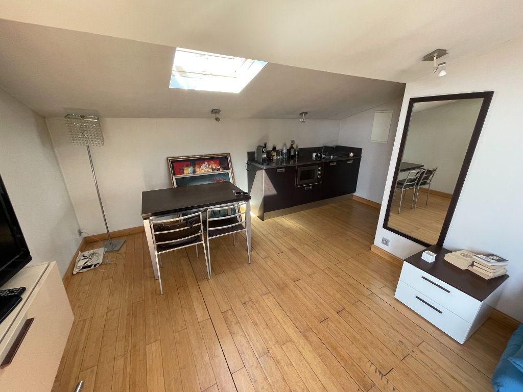 Appartement à louer 2 36m2 à Antibes vignette-12