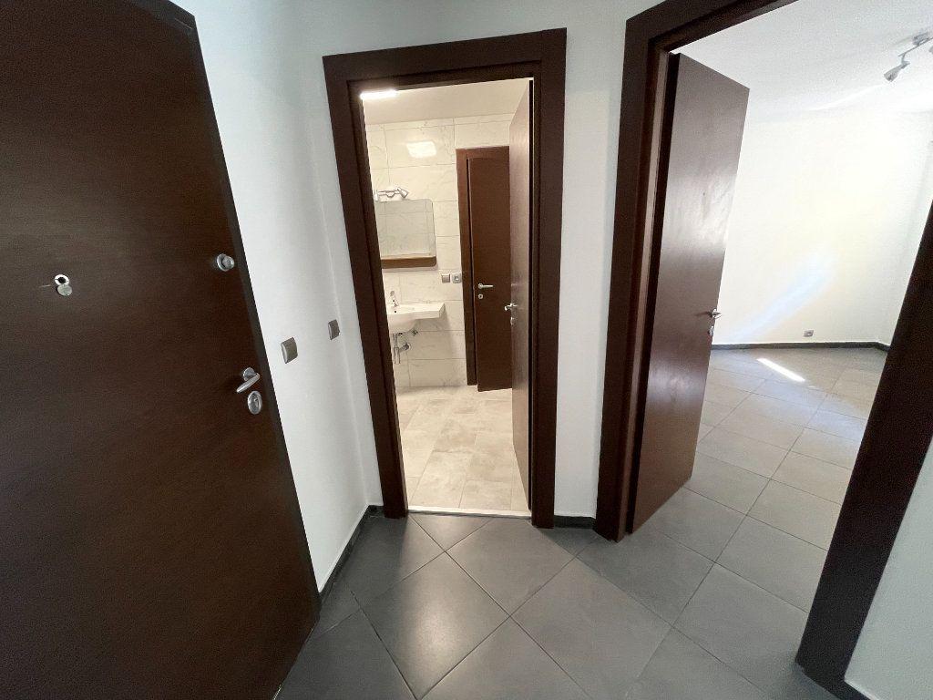 Appartement à louer 2 37.75m2 à Juan-les-Pins - Antibes vignette-11