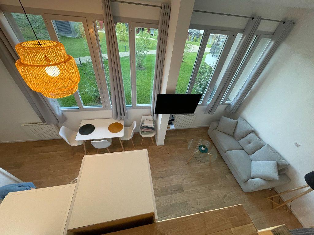 Appartement à louer 1 29.7m2 à Villeneuve-Loubet vignette-13