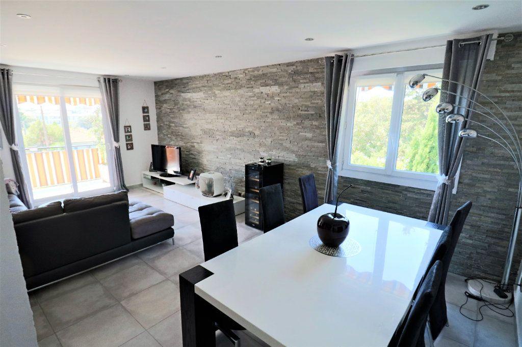 Appartement à vendre 3 81.09m2 à Le Cannet vignette-1