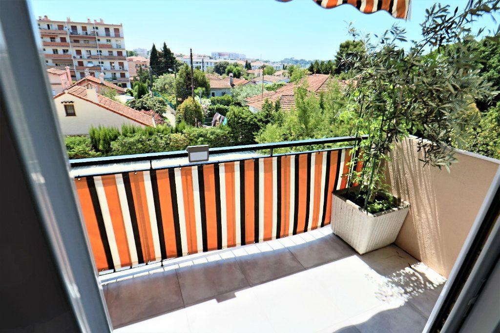 Appartement à vendre 3 81.09m2 à Le Cannet vignette-7