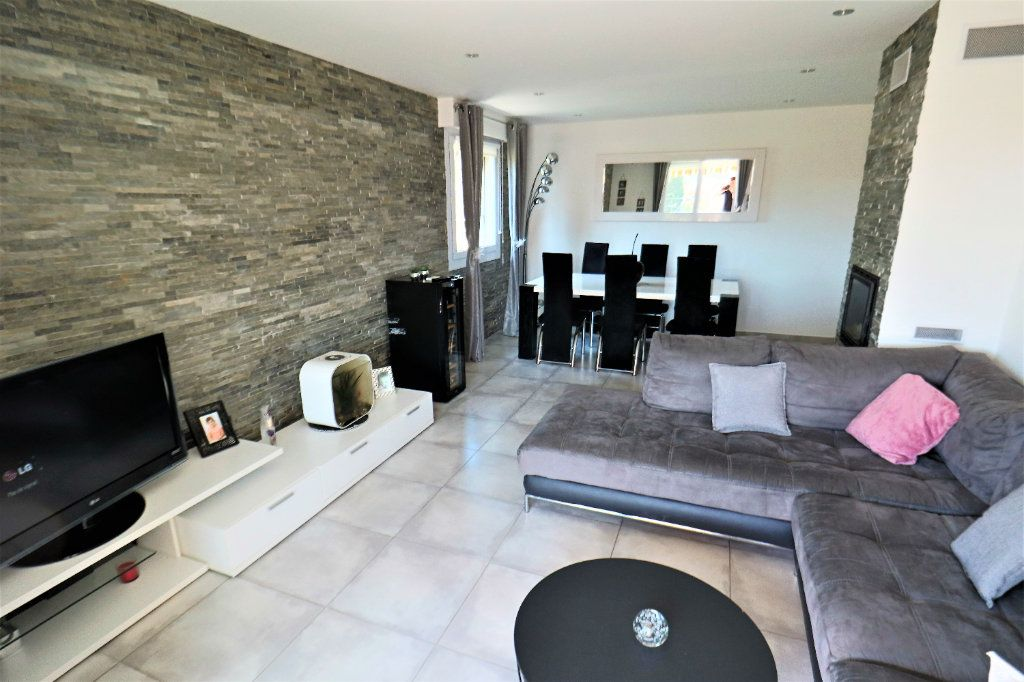 Appartement à vendre 3 81.09m2 à Le Cannet vignette-9