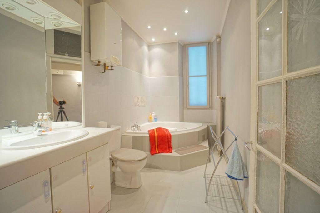 Appartement à louer 3 69.11m2 à Grasse vignette-11