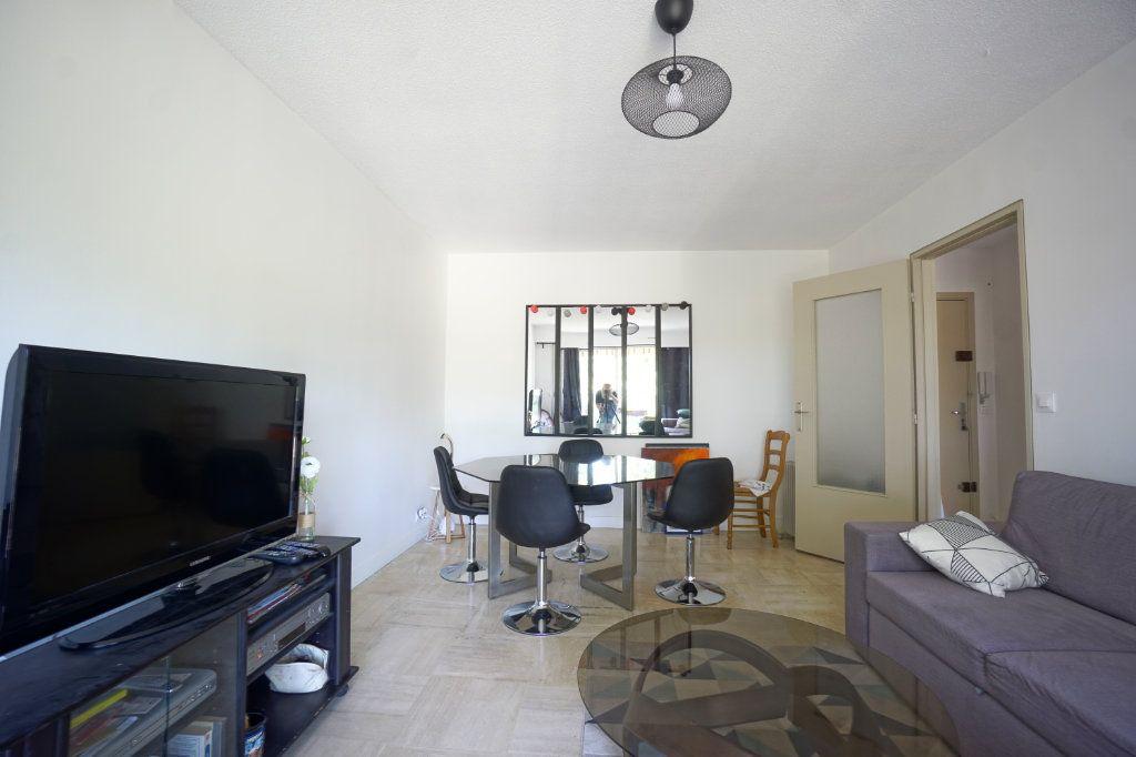 Appartement à louer 2 45.5m2 à Le Cannet vignette-1
