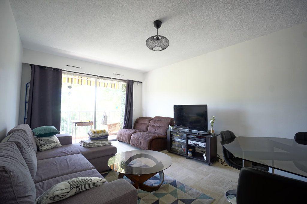 Appartement à louer 2 45.5m2 à Le Cannet vignette-4
