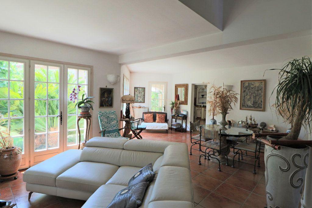 Maison à vendre 5 200m2 à Le Cannet vignette-8