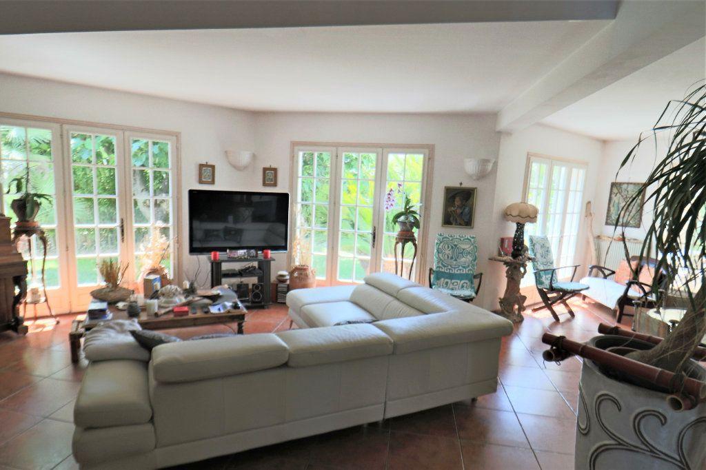 Maison à vendre 5 200m2 à Le Cannet vignette-9