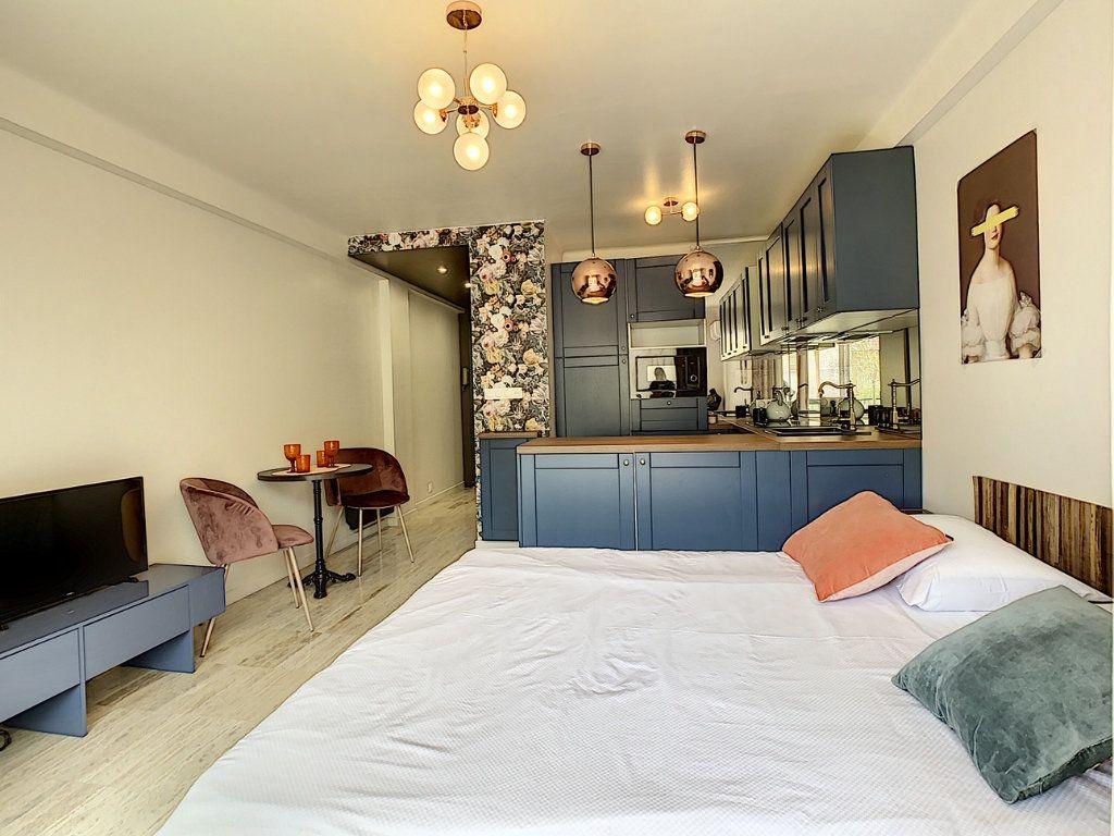 Appartement à vendre 1 30m2 à Cannes vignette-12