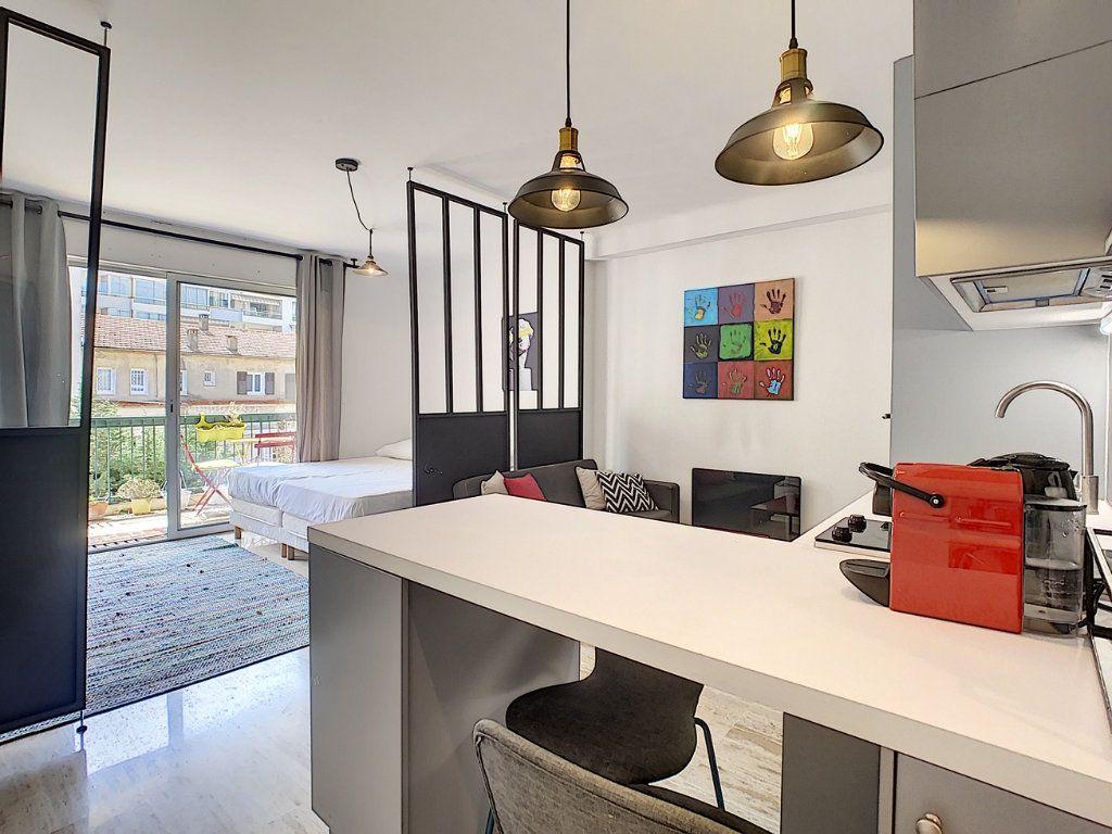 Appartement à vendre 1 34.05m2 à Cannes vignette-1