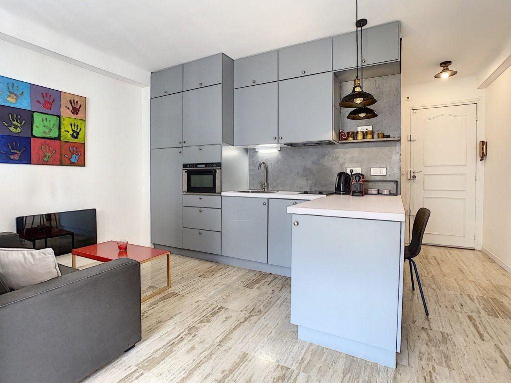 Appartement à vendre 1 34.05m2 à Cannes vignette-8