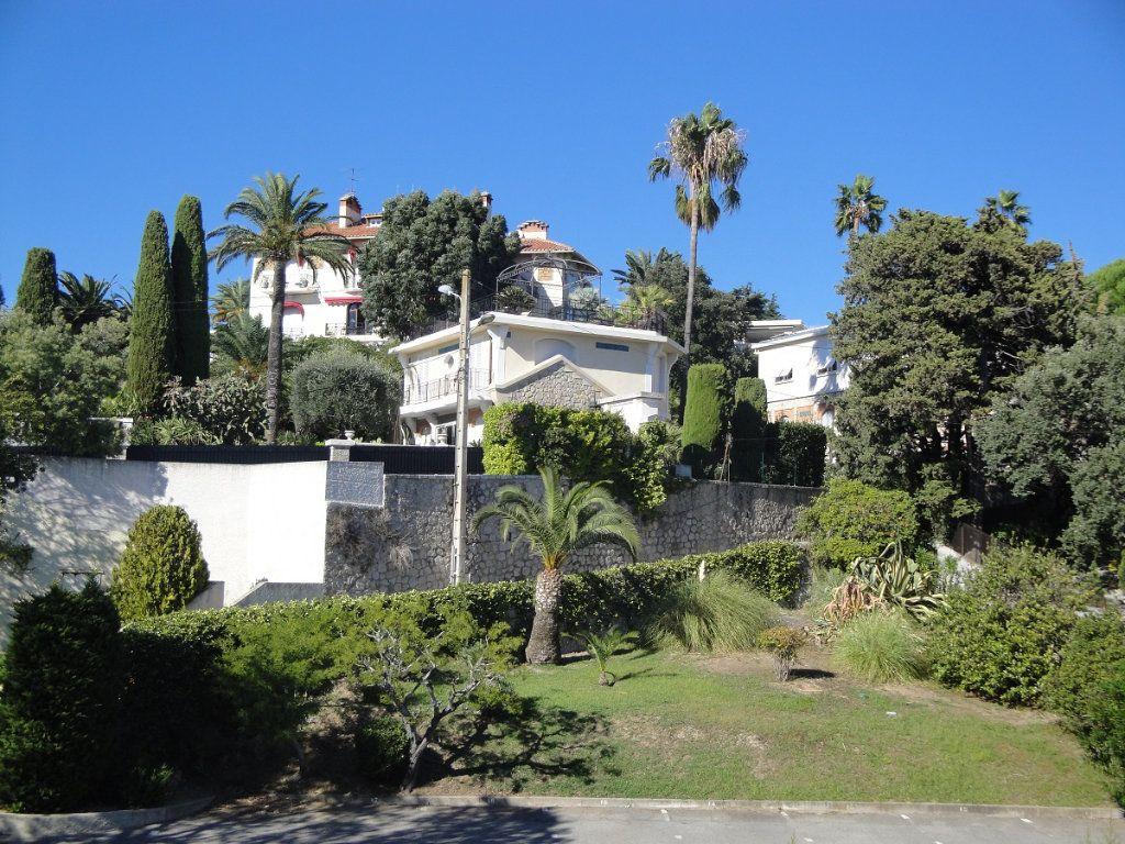 Appartement à vendre 2 65.02m2 à Cannes vignette-3