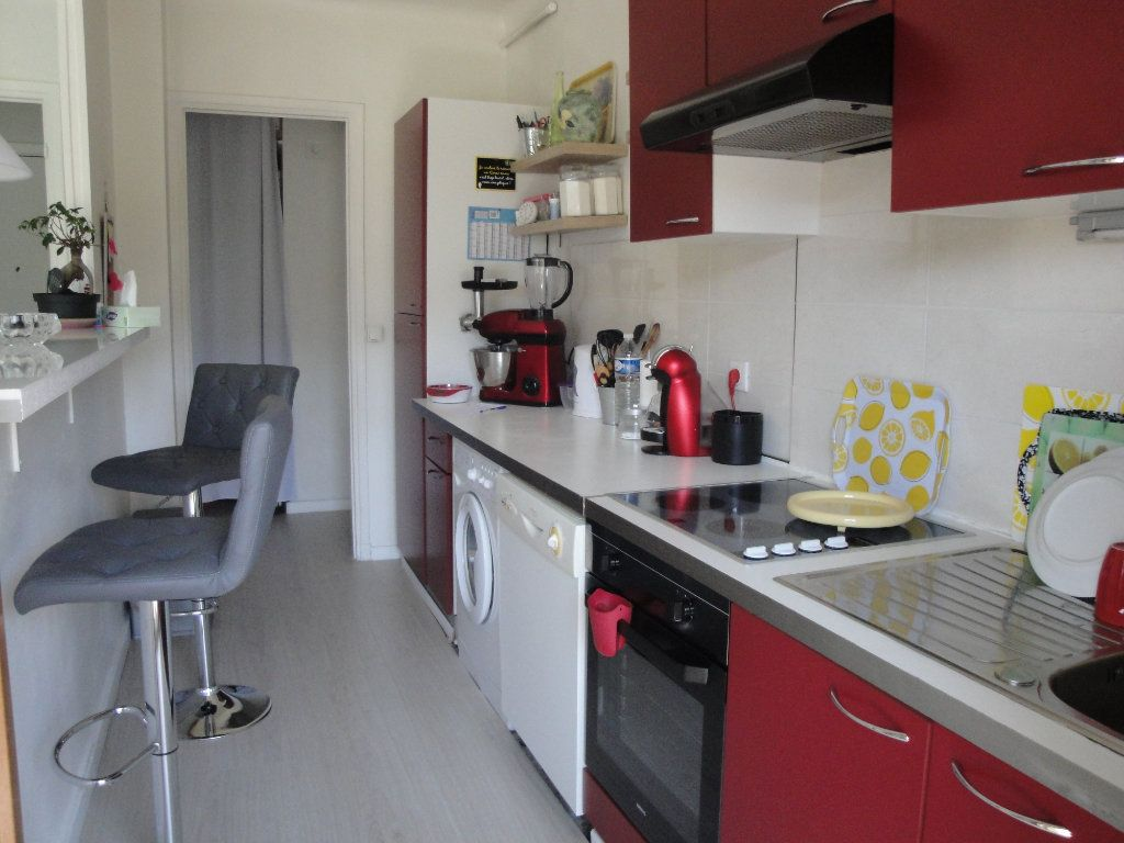 Appartement à vendre 2 48m2 à Le Cannet vignette-2