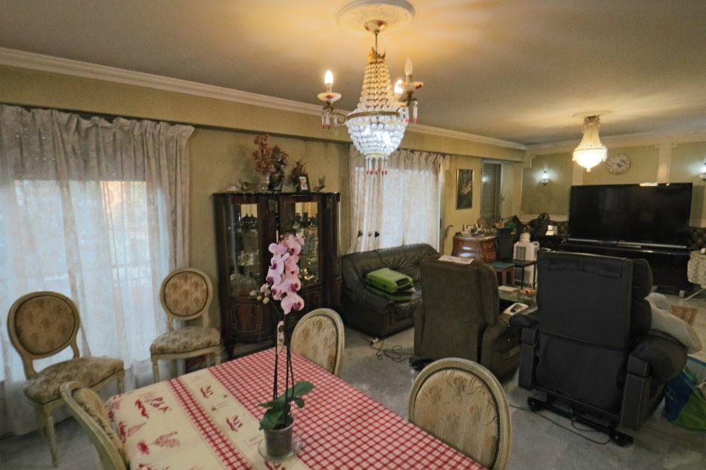 Appartement à vendre 4 114.54m2 à Le Cannet vignette-3