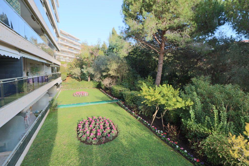 Appartement à vendre 2 58.41m2 à Cannes vignette-2