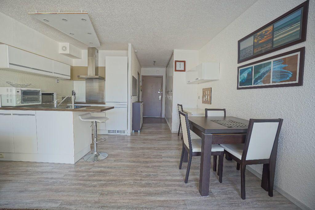 Appartement à louer 1 33.66m2 à Le Cannet vignette-6