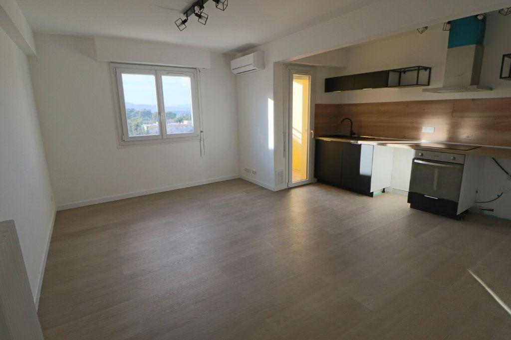 Appartement à vendre 2 42.5m2 à Le Cannet vignette-1