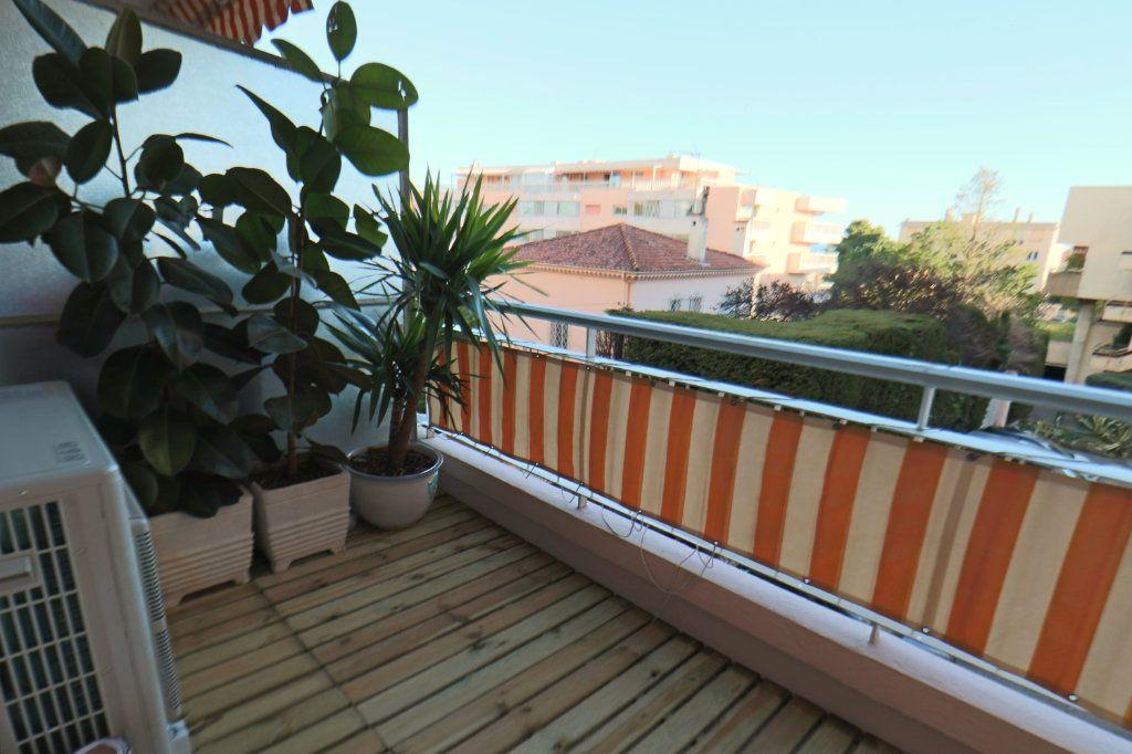 Appartement à vendre 3 53.15m2 à Cannes vignette-1