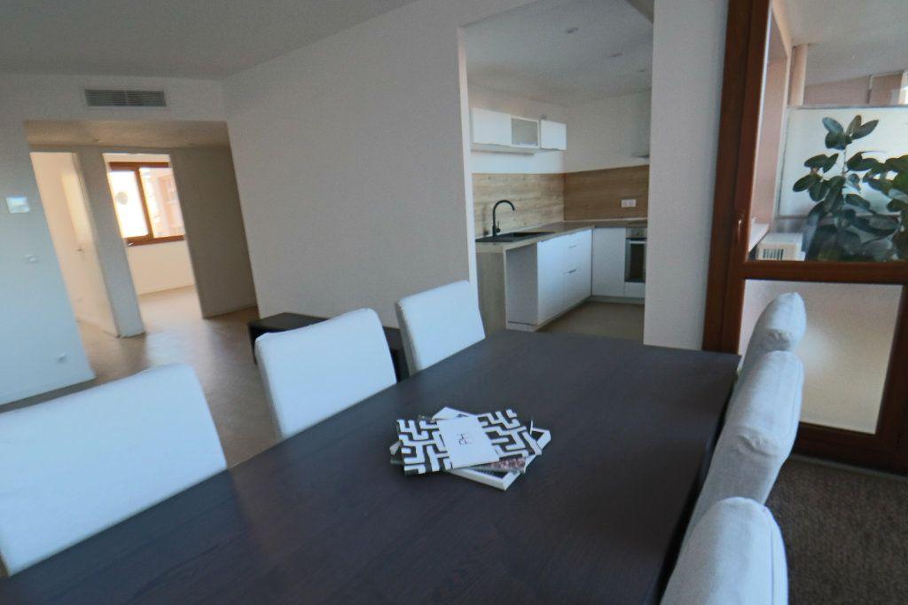 Appartement à vendre 3 53.15m2 à Cannes vignette-3
