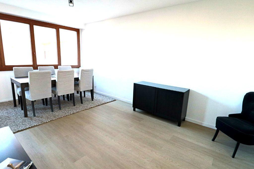 Appartement à vendre 3 53.15m2 à Cannes vignette-5