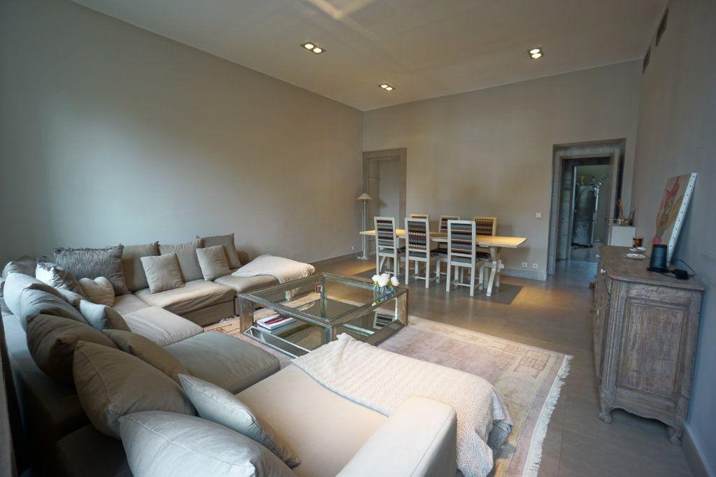 Appartement à vendre 4 121m2 à Cannes vignette-2