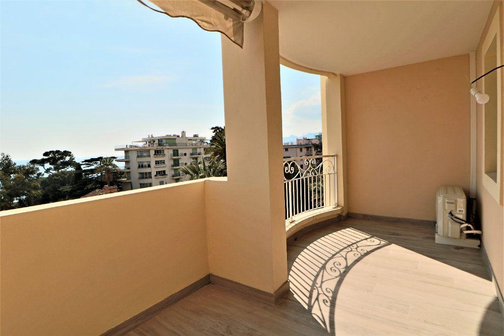 Appartement à vendre 2 38.72m2 à Cannes vignette-6