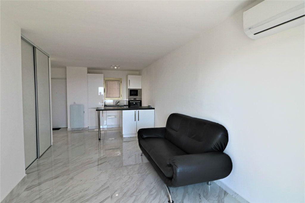 Appartement à vendre 2 38.72m2 à Cannes vignette-7
