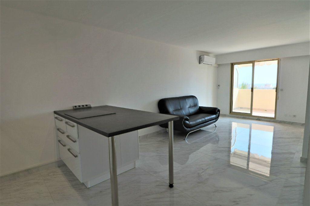 Appartement à vendre 2 38.72m2 à Cannes vignette-9