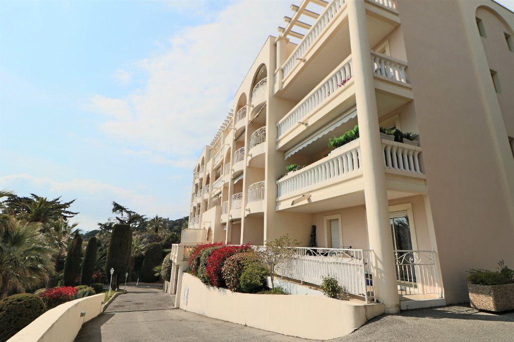 Appartement à vendre 2 38.72m2 à Cannes vignette-11