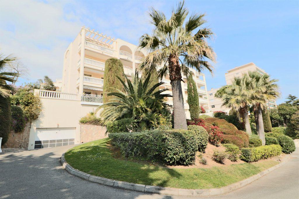 Appartement à vendre 2 38.72m2 à Cannes vignette-12