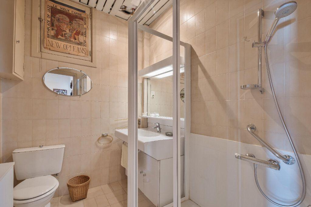 Appartement à vendre 4 155m2 à Cannes vignette-8