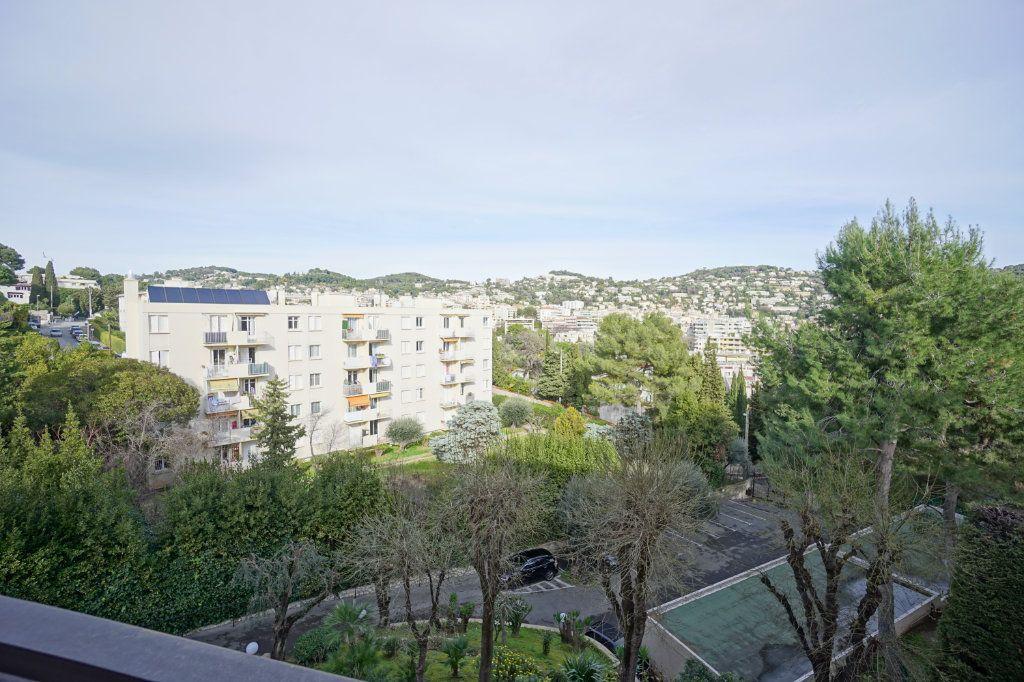 Appartement à louer 3 72.1m2 à Le Cannet vignette-3