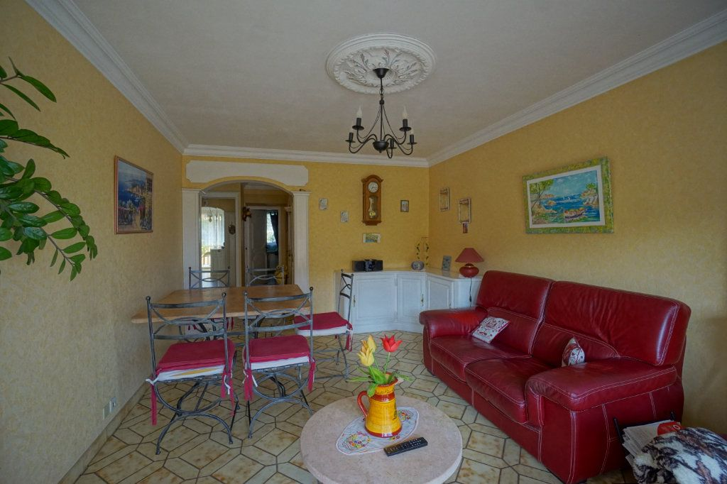 Appartement à vendre 3 62m2 à Cannes vignette-5