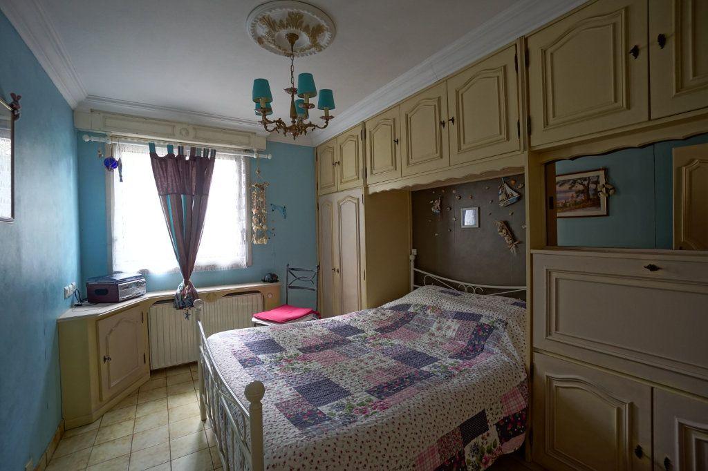 Appartement à vendre 3 62m2 à Cannes vignette-9