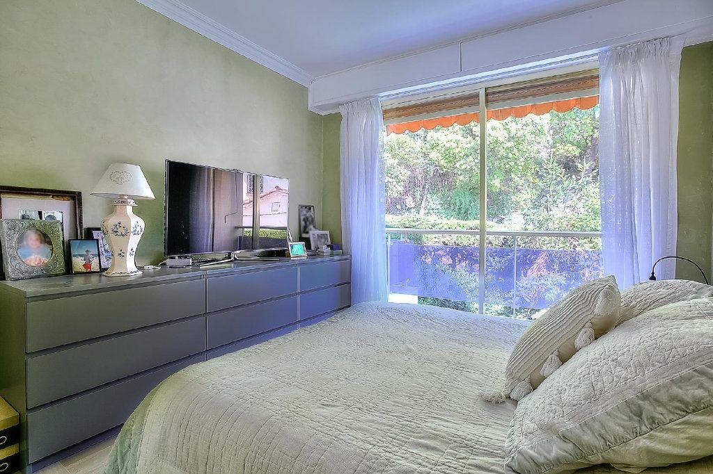 Appartement à vendre 4 110.63m2 à Le Cannet vignette-7