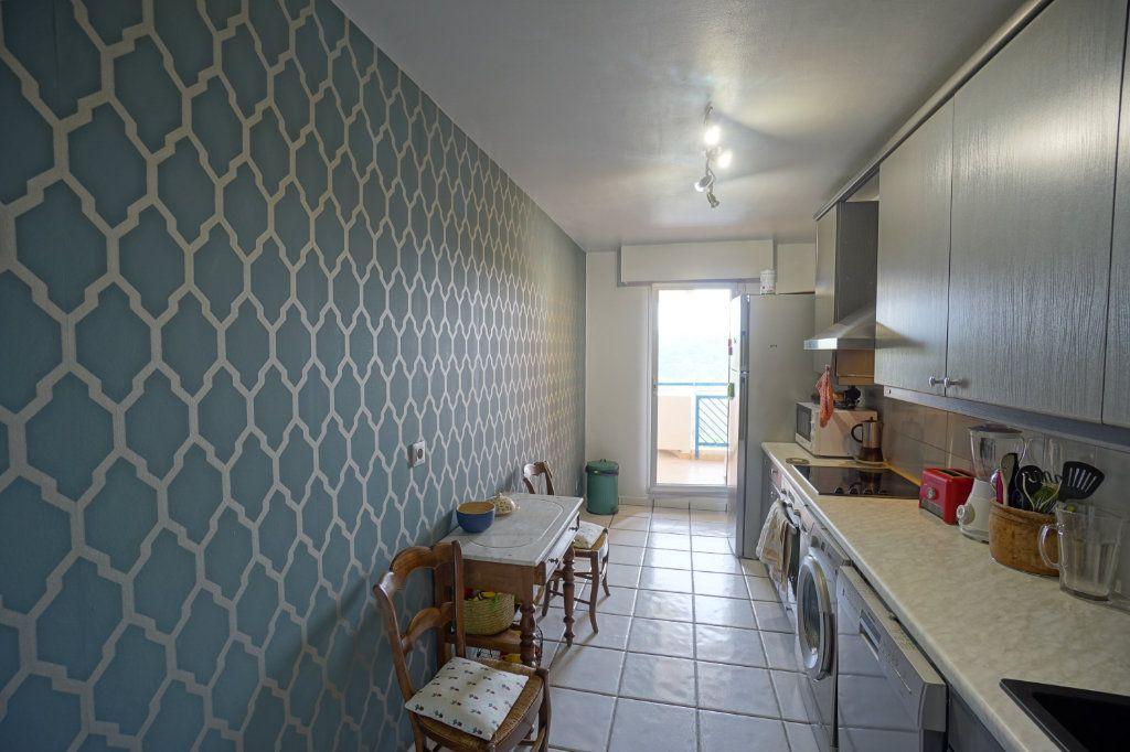 Appartement à vendre 3 72.45m2 à Cannes vignette-5