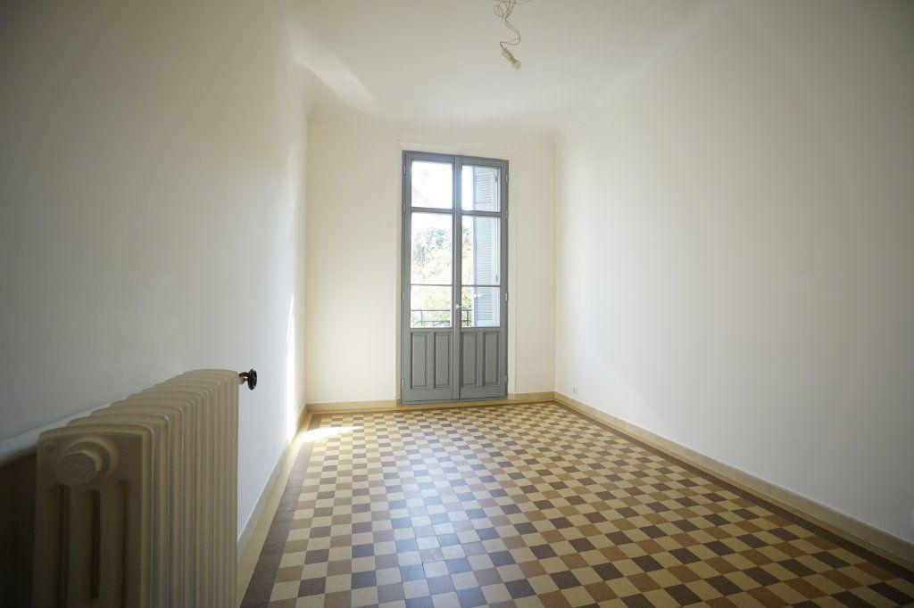 Appartement à louer 2 46.83m2 à Cannes vignette-4