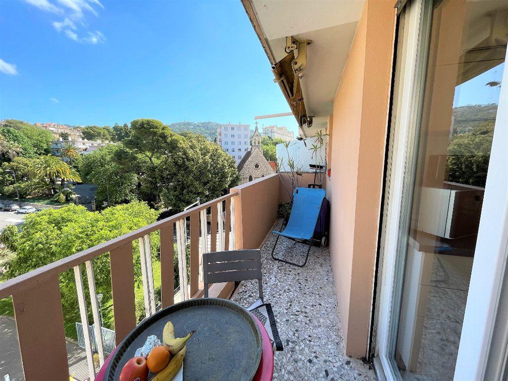 Appartement à vendre 2 39.71m2 à Cannes vignette-2