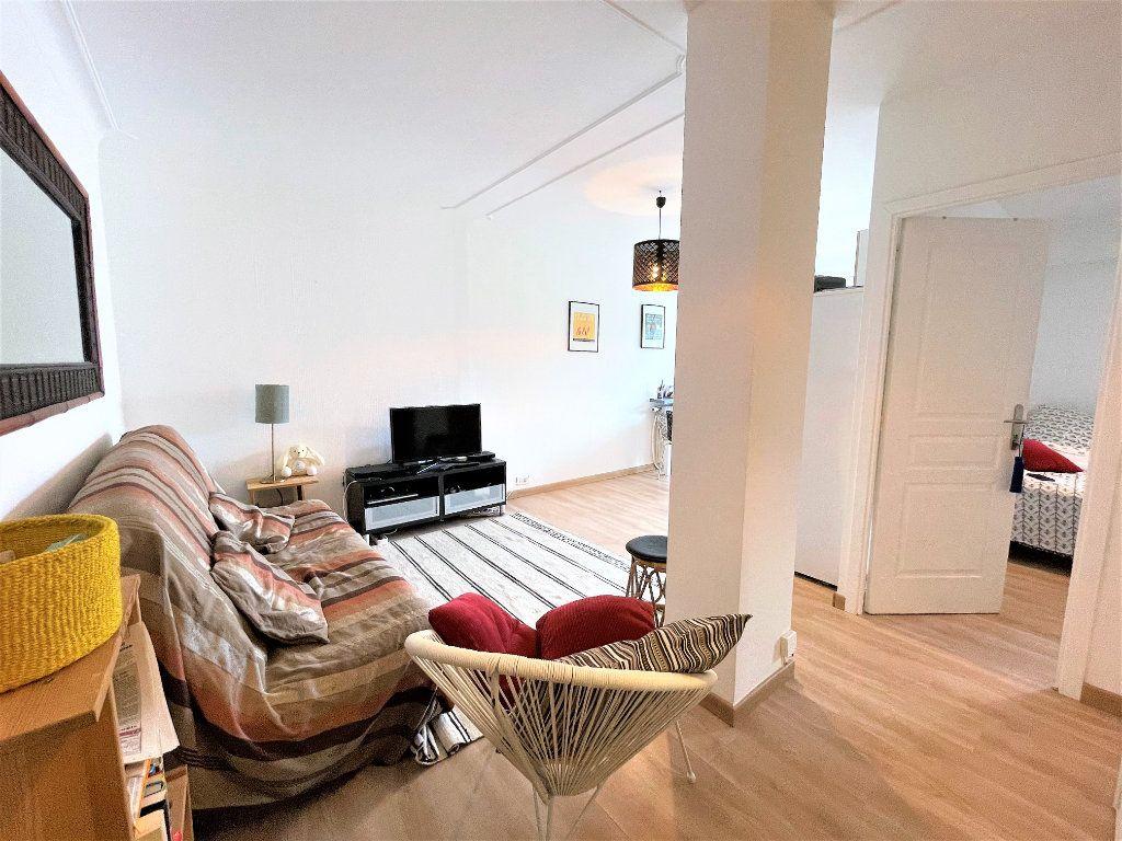 Appartement à vendre 2 39.71m2 à Cannes vignette-3