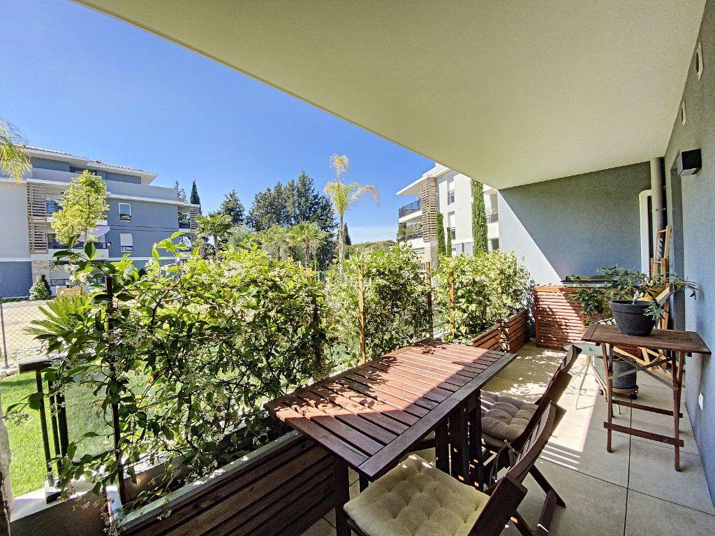 Appartement à vendre 3 75.16m2 à Mougins vignette-3