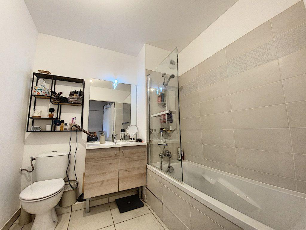 Appartement à vendre 3 75.16m2 à Mougins vignette-7