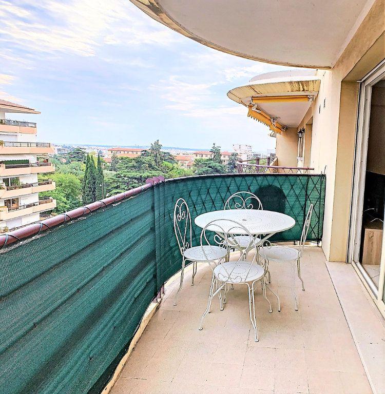 Appartement à vendre 2 49m2 à Le Cannet vignette-1