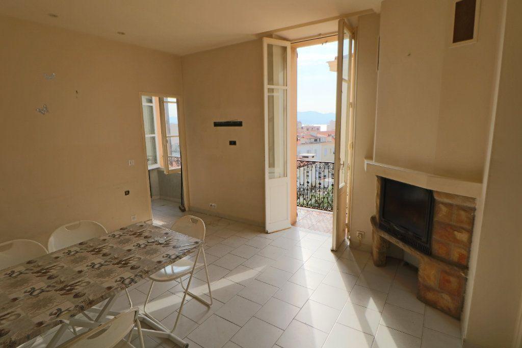 Appartement à vendre 2 42.73m2 à Cannes vignette-2